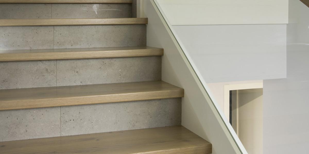 Schody drewniane Olsztyn - Schody na beton P254