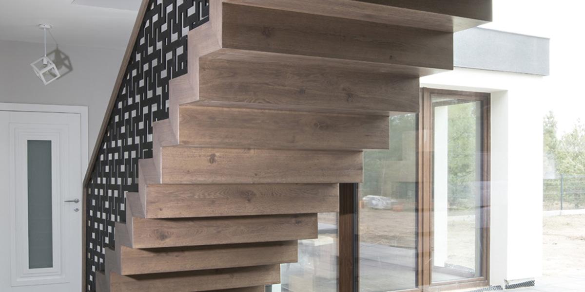 Schody drewniane Olsztyn - Schody dywanowe P258